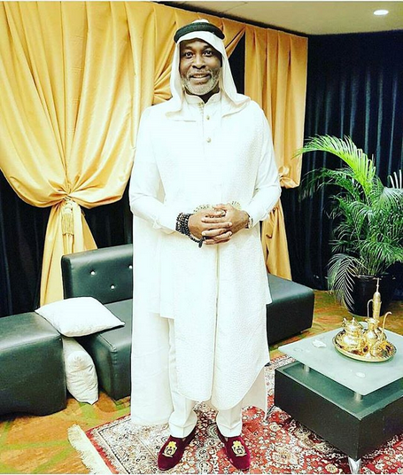 RIchard-Mofe-Damijo-look-to-the-Arabian-Night-theme-Premiere-of-The-Wedding-Party-2-Destination-Dubai