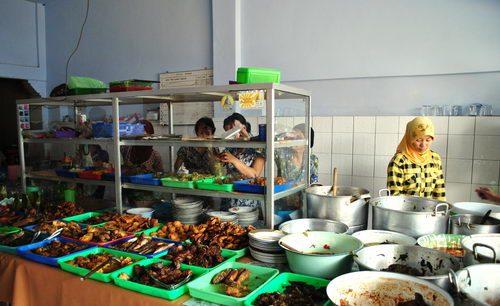 Peluang Bisnis: Proposal Usaha Rumah Makan Sederhana