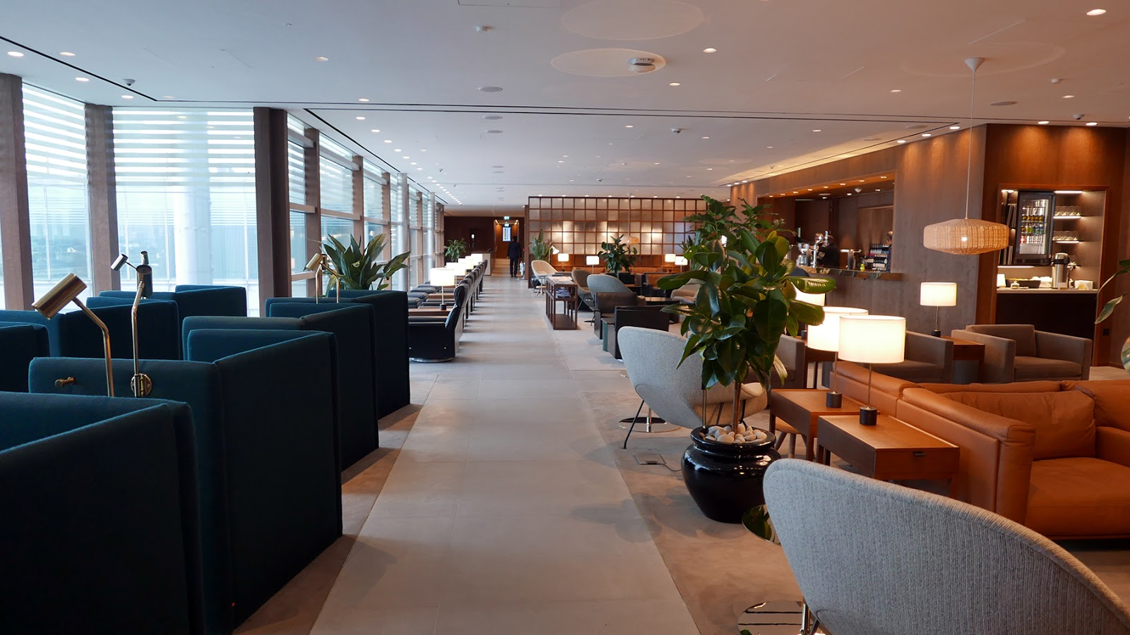Euriental | luxury travel & style | Cathay Pacific First Class Lounge Heathrow T3
