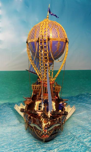 Phoenix Steampunk Airship Emma.' Playmobil
