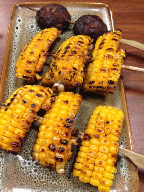 sate Jepang menggunakan jagung dan jamur shitake