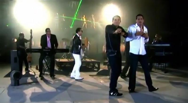Pachito Alonso y sus Kini Kini - ¨La cara bonita¨ - Videoclip - Dirección: Rudy Mora - Orlando Cruzata. Portal Del Vídeo Clip Cubano - 10