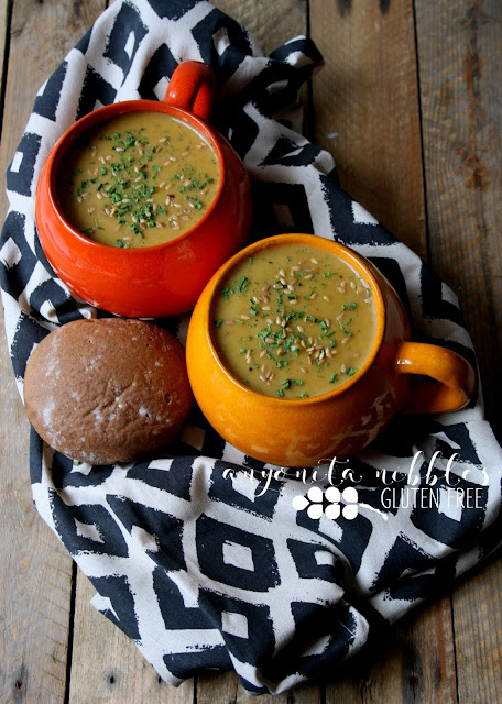 Two portions of hearty and creamy butternut squash and leek soup | Anyonita Nibbles