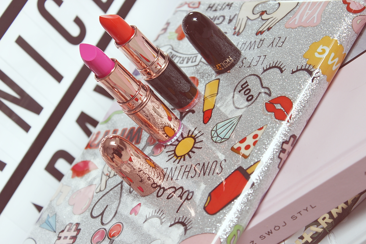 Makeup Revolution Iconic Pro Lipstick Somewhere Out There, Rose Gold Girls Best Friend2