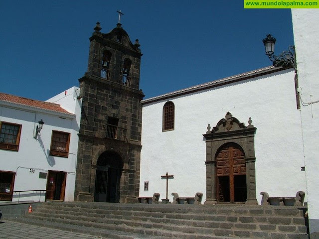 El profesor de Historia Adolfo Arbelo aborda el caso de Santa Cruz de La Palma como precedente democrático español