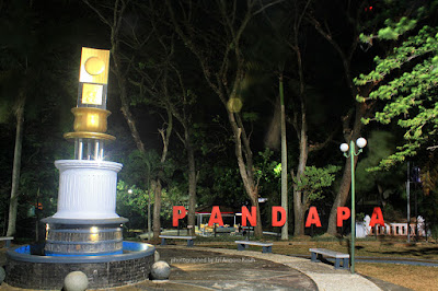 Taman Pandapa Kuningan at Night