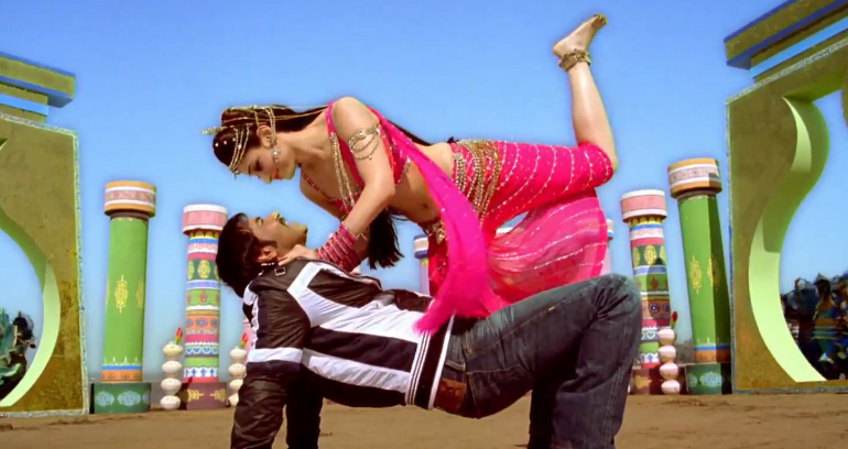Naino Mein Sapna Video Song/Lyrics - Himmatwala (2013)