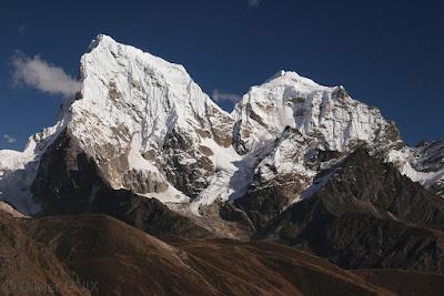 Cholatse - 6440 m et Taboche - 6542 m