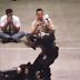"""Único vídeo com luta """"real"""" de Bruce Lee é restaurado e surpreende fãs na web"""