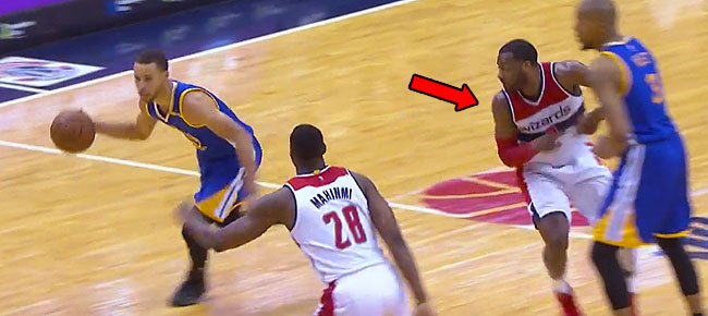 Stephen Curry Shakes John Wall with Behind-the-Back Crossover! (VIDEO)