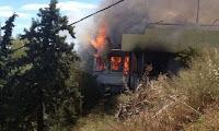 Κορινθία: Μεγάλες καταστροφές από τη φωτιά σε κλαμπ στα Καρυώτικα Ξυλοκάστρου (φωτό)