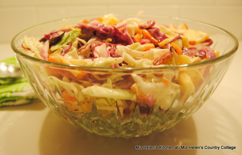 Old Fashioned Mayonnaise Coleslaw