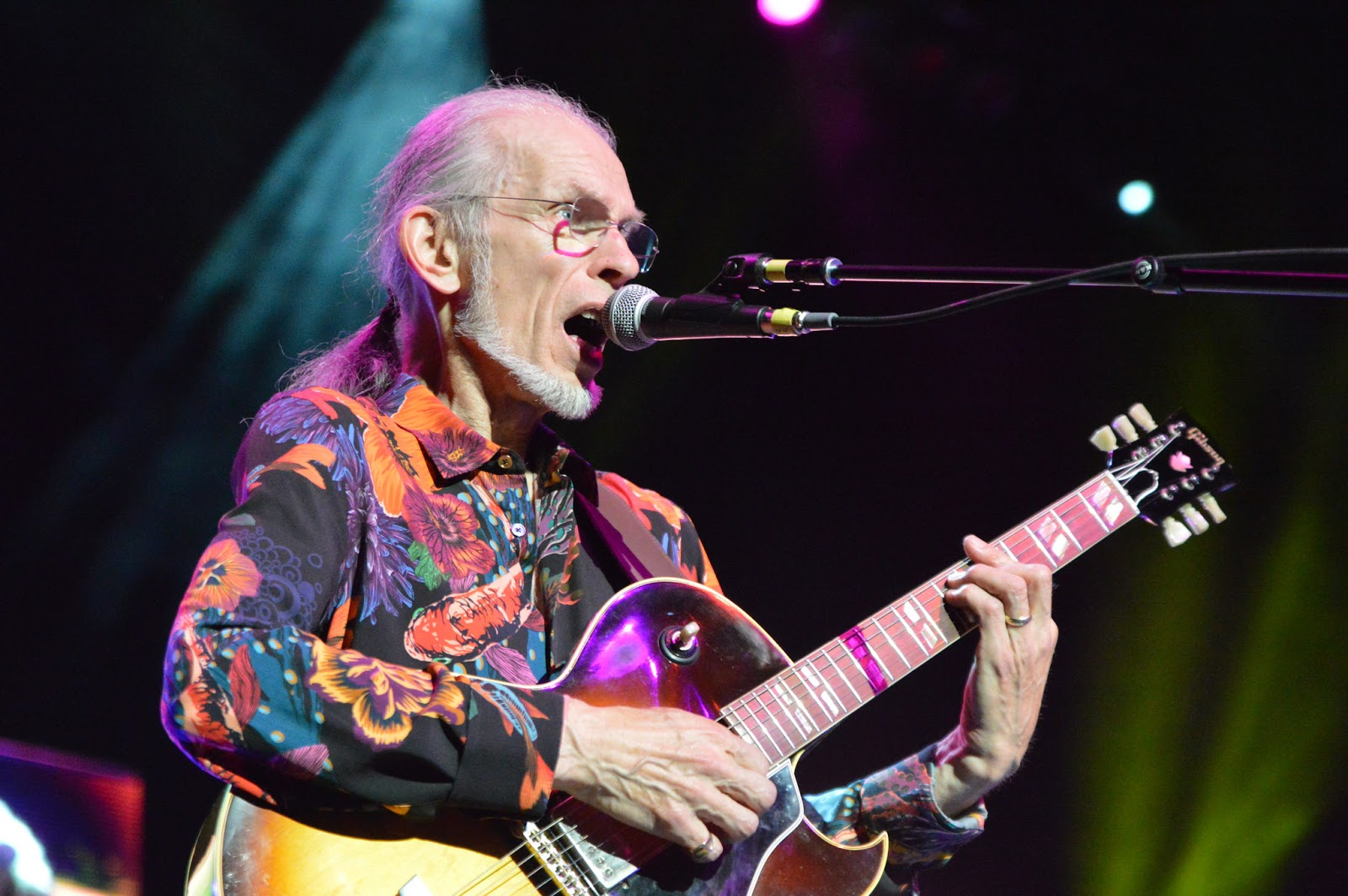 Photo Gallery: Yes at Arvest Bank Theatre At The Midland