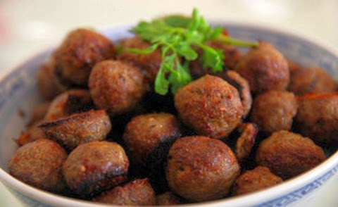 Baked Lamb Meatballs with Kaffir Lime, Lemongrass and Coriander