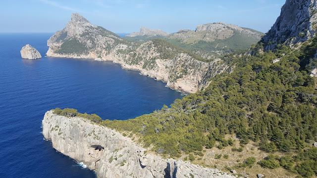 Mayorka, Mallorca, Majorca, İspanya, Tatil, deniz, Turkuaz sular, bembeyaz kum, nereye gitmeli, nerede kalınır, gezi, seyahat, uçak, sıcak, ne yemeli, nereleri gezmeli, yaz