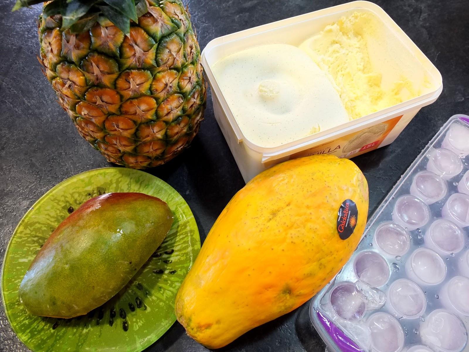 Cocinando con lola garc a smoothie helado de mango pi a for Cocinar con mango
