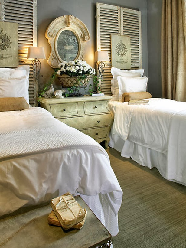 Ideas for decorating the space above your bed driven by - Above the headboard decorating ...