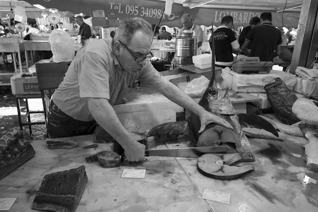 La pescheria-mercato del pesce-Catania