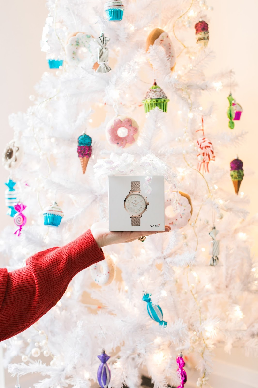 Bijuleni - Holiday Gift Guide For Her With Holt Renfrew Centre - Fossil Watch