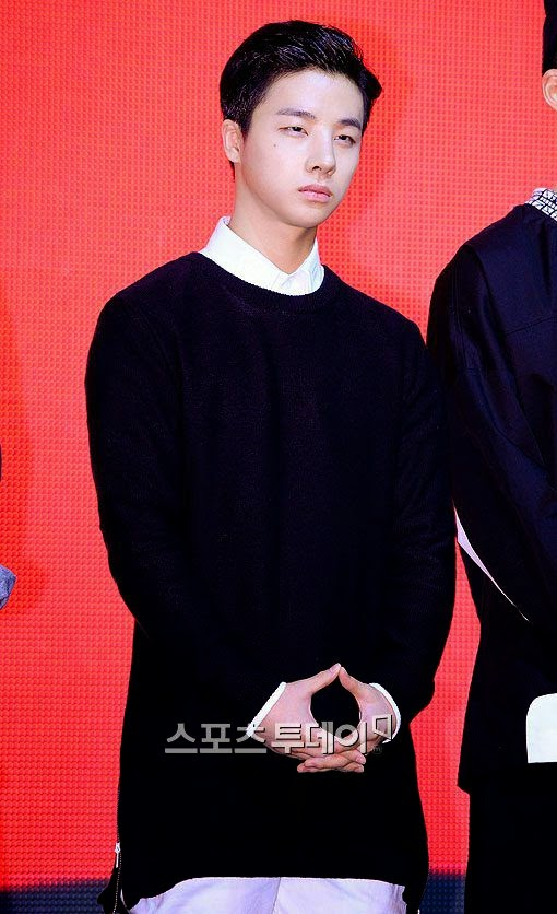 Mix & Match | YG IKON: Kim Jinhwan (Photos)