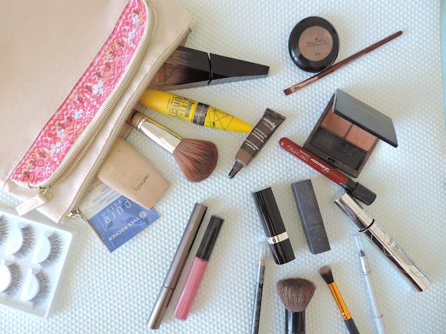 Como montar uma coleção cápsula de make-up em 7 passos