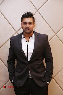 Kaadhalin Pon Veethiyil Bilingual Movie Launch Stills  0014.jpg