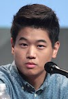 Ki Hong Lee Biography