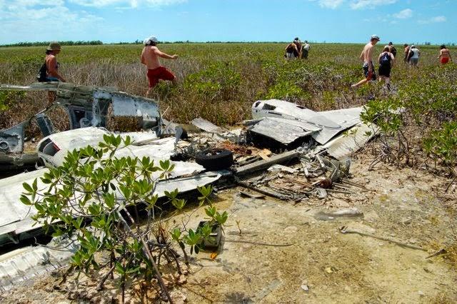 Tidal Flats and Deserted Beaches, Andros Island, Bahamas   CosmosMariners.com