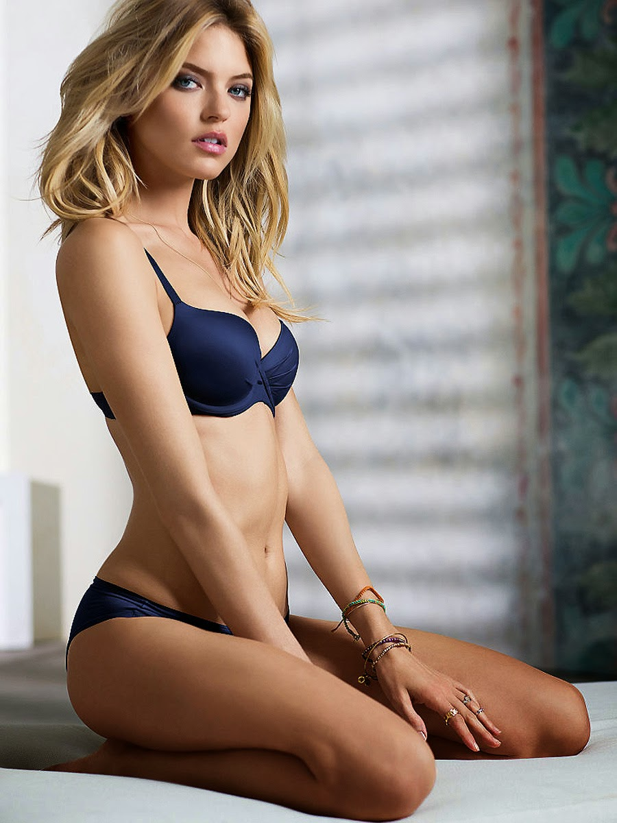 Martha Hunt Nude Lingerie Pics - Celebrity Picture-8865