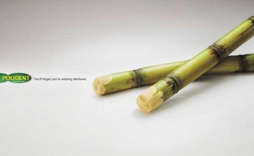 Реклама средства для ухода за зубными протезами