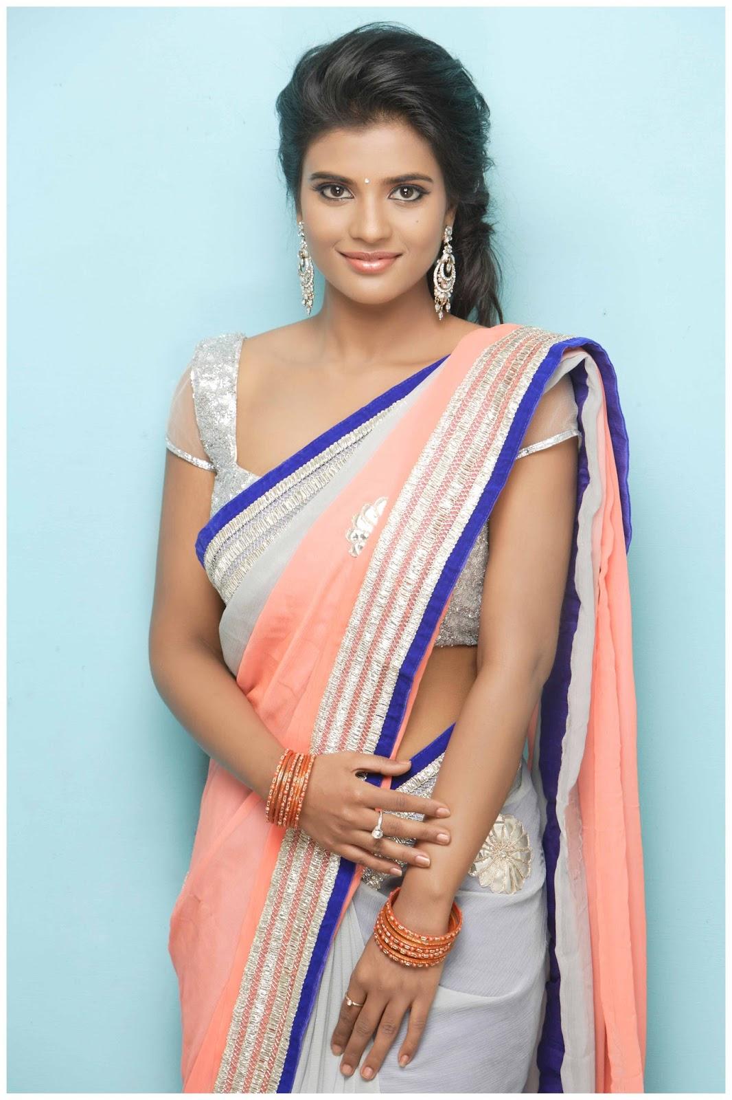 Karthika Nair Hot Navel In Saree Aishwarya Rajesh...