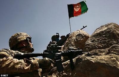 O escândalo das tropas fantasmas na luta contra o Talebã no Afeganistão