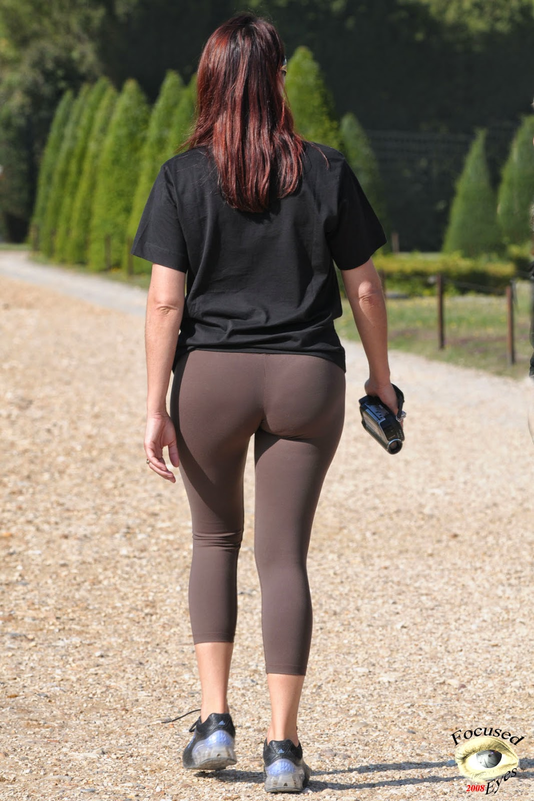 Milf In Yoga Pants With Perfect Ass-5778