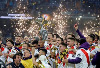 La Copa Libertadores River_Plate_campe%25C3%25B3n_de_la_Copa_Libertadores_%25286%2529
