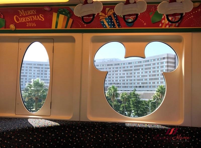 christmas in tokyo disneysea monorail disney resort line