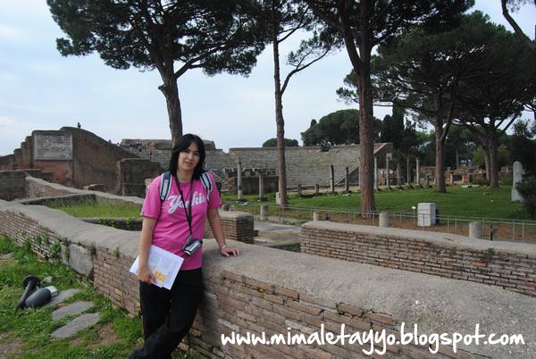 Plaza de los Gremios en Ostia Antica