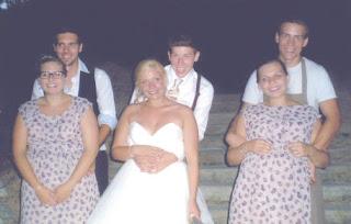 9ffdda0f6aed Im Meerweibchen Braut-& Festtagsmode ist derzeit Räumungsverkauf ...