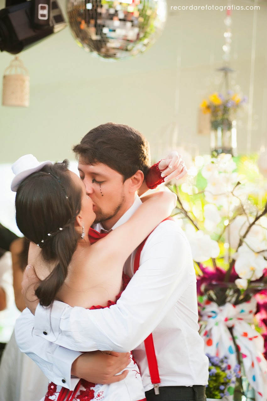 casamento-magico-layane-andre-beijo