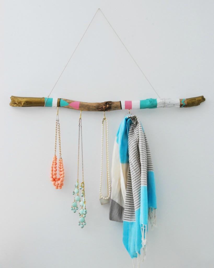 Resultado de imagen para decorar con palos