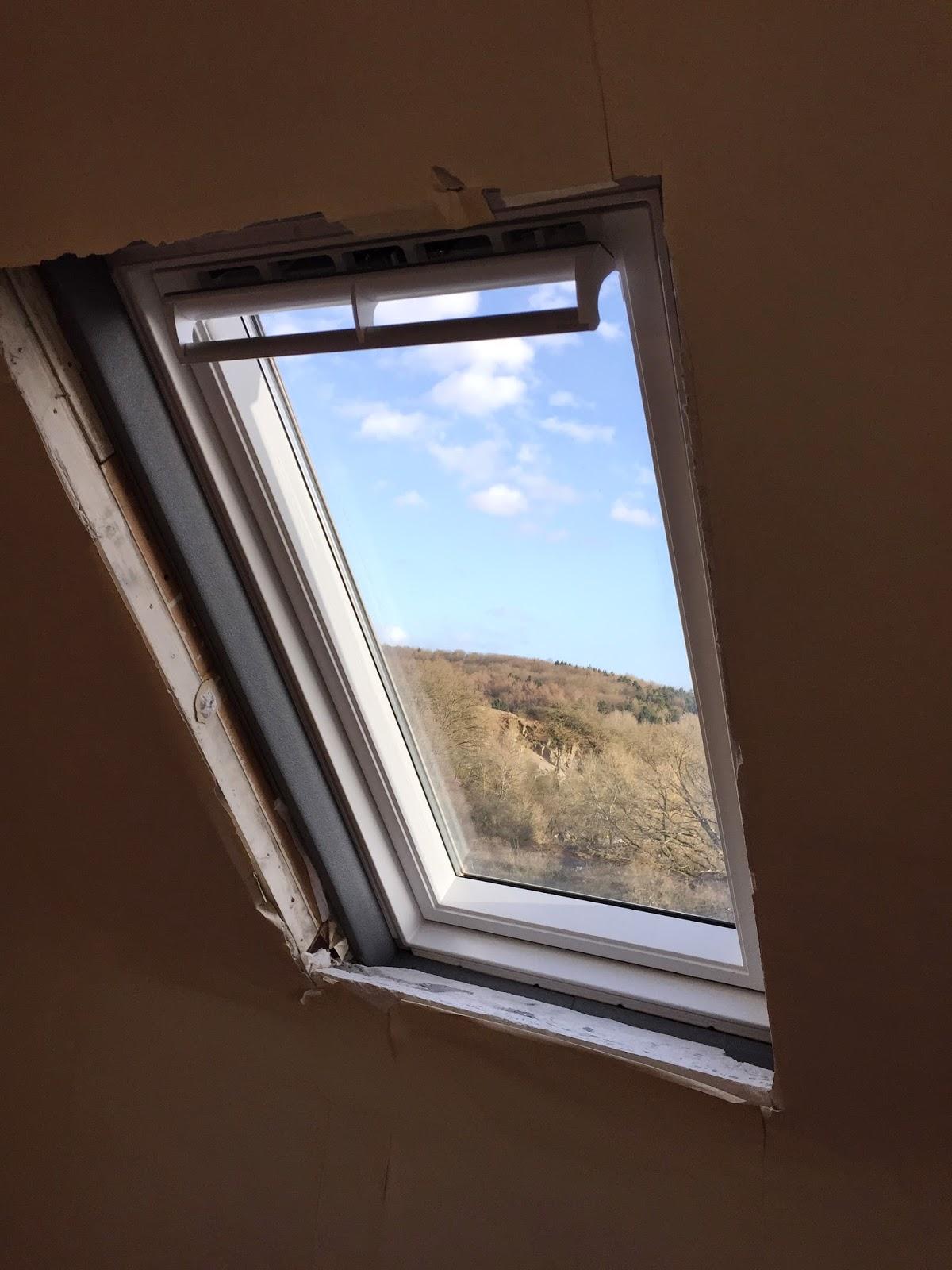 holzwurmtomde innenfutter fuer ein dachfenster