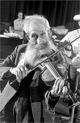 http://kvetchlandia.tumblr.com/post/152498322468/burt-glinn-mountain-fiddlers-contest-boise