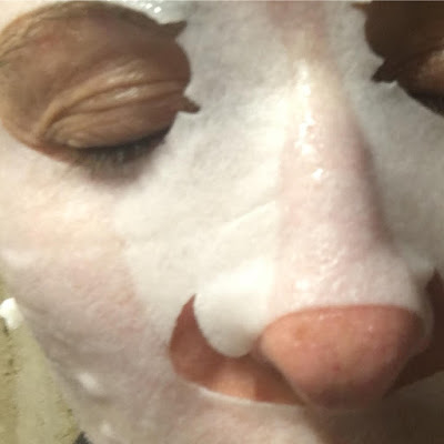 Garnier. Skin naturals. Moisture + Aqua bomb  mascarilla de hoja hidratante con efecto rellenador para el rostro