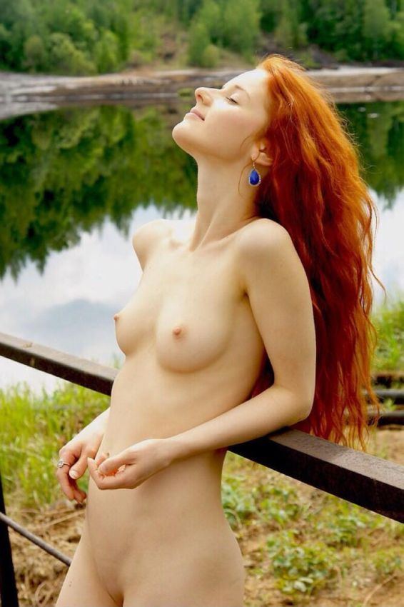 sexy-naked-red-head-bitches