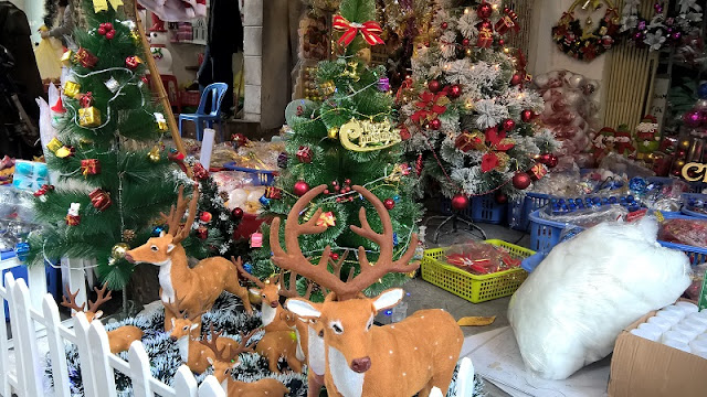 A lot of preparation for Christmas in Vietnam 1