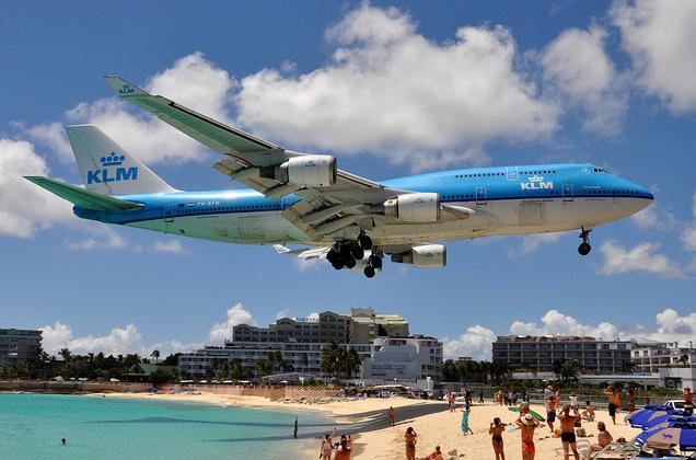 Bandara Princess Juliana International Airport, St Maarten, Karibia