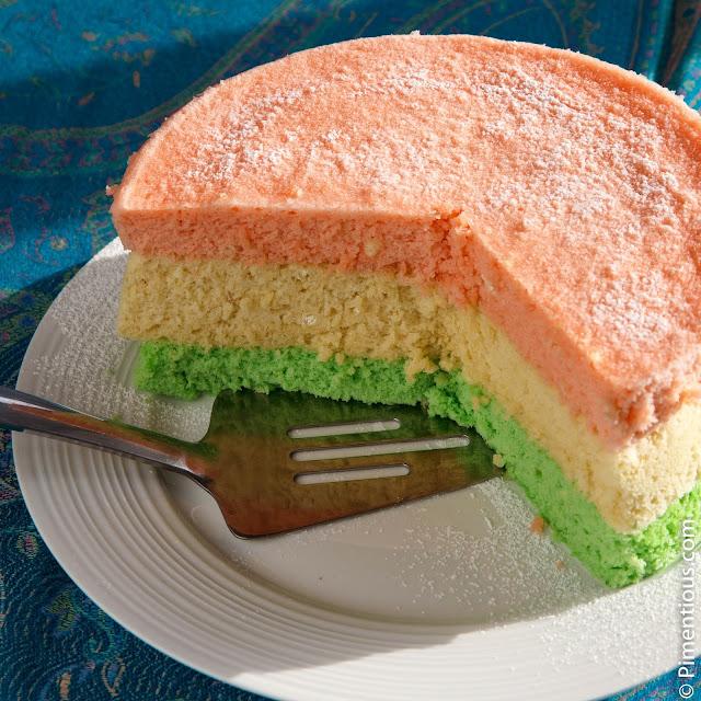 Bolu pelangi kukus, steamed cake