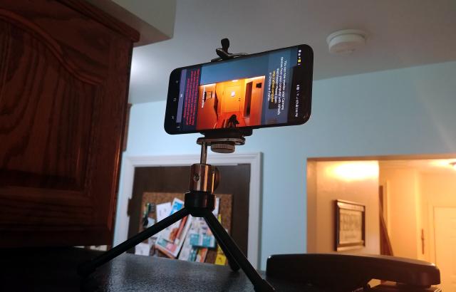 Cách biến điện thoại cũ thành camera giám sát