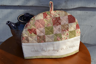 https://www.etsy.com/ca/listing/519717361/cotton-floral-quilted-tea-cosy-country