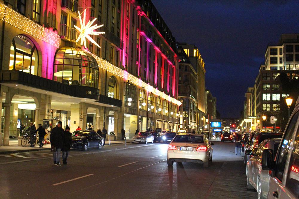 Christmas Berlin streets at dusk - travel & lifestyle blog