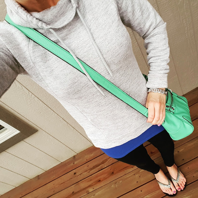 Gap Factory Sweatshirt (similar - only $10!) // Mossimo Tank // Zella Live-In Leggings // Jessica Simpson Crossbody Bag (similar) // Aldo Flip Flops (similar)